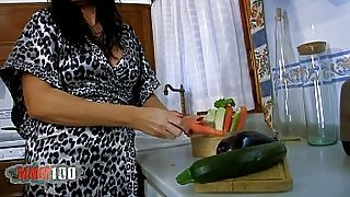 Spanish mature slut fucked in the ass with vegetables and good cock